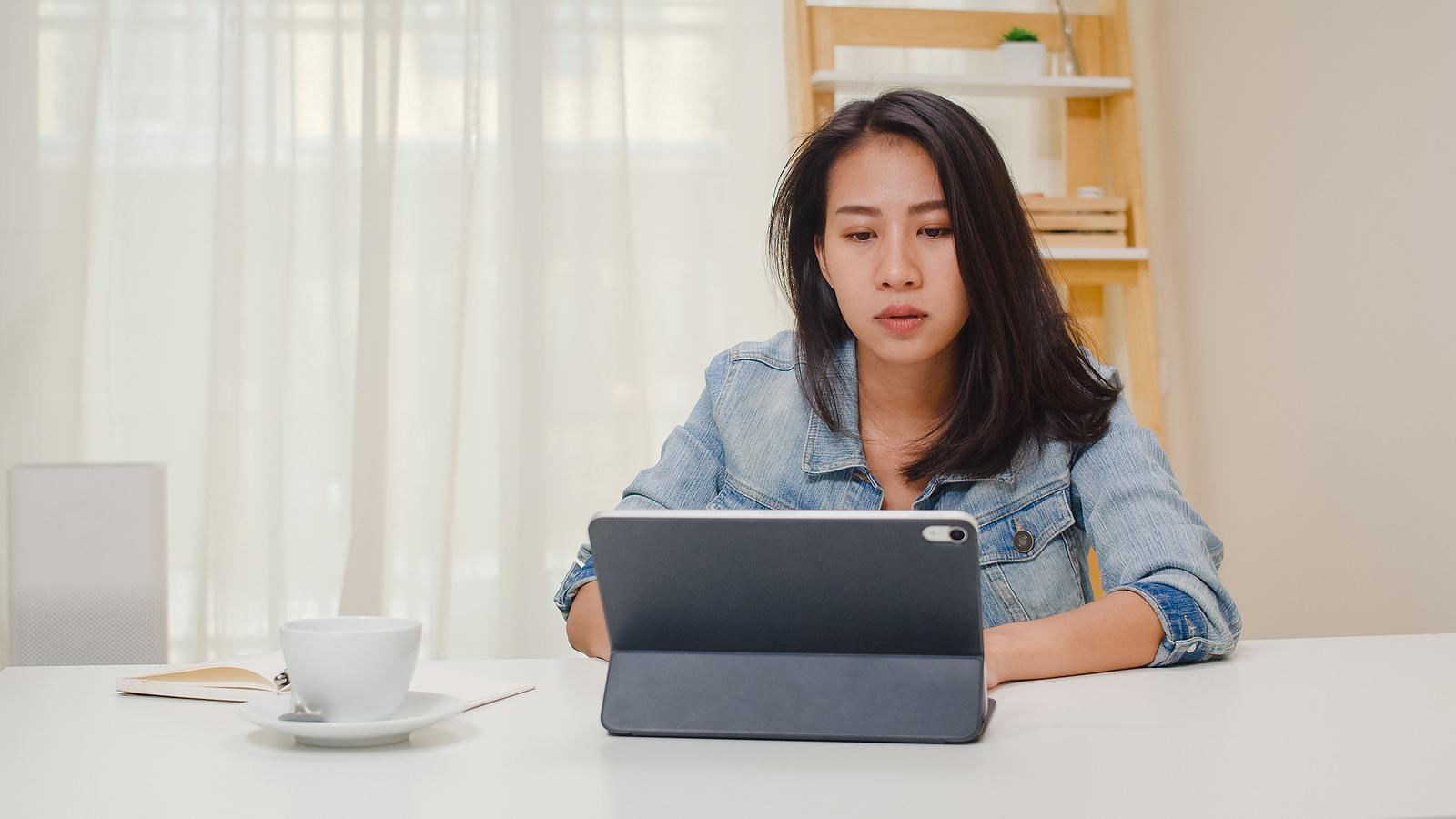 Les employés devraient-ils continuer à travailler à domicile après la pandémie?