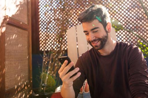 comment les informations conversationnelles éliminent les conjectures du marketing